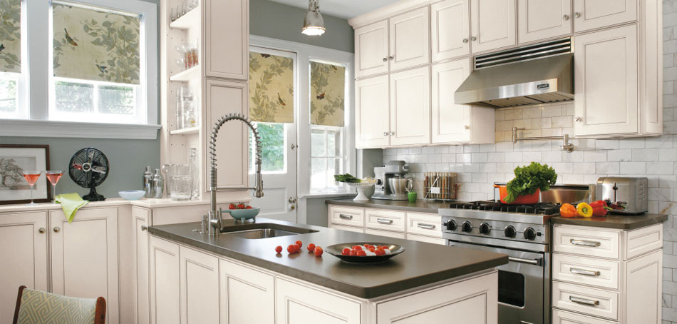 durham_laminate_casual_cabinets_Aristokraft